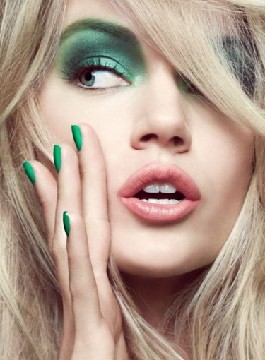 file_14601_thumb-beautyriot-8-st.patrick_27s-day-nail-ideas-375x510